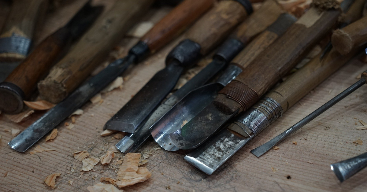 Best Wood Turning Chisels For Beginners [Review]
